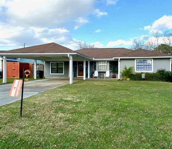 2900 Azalea Ave, Groves, TX 77619 (MLS #216223) :: TEAM Dayna Simmons