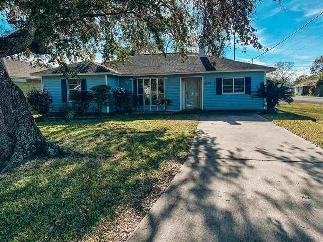 4749 Bellaire St, Groves, TX 77619 (MLS #216885) :: Triangle Real Estate