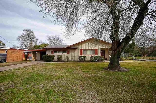 1202 9th St, Orange, TX 77630 (MLS #217028) :: TEAM Dayna Simmons