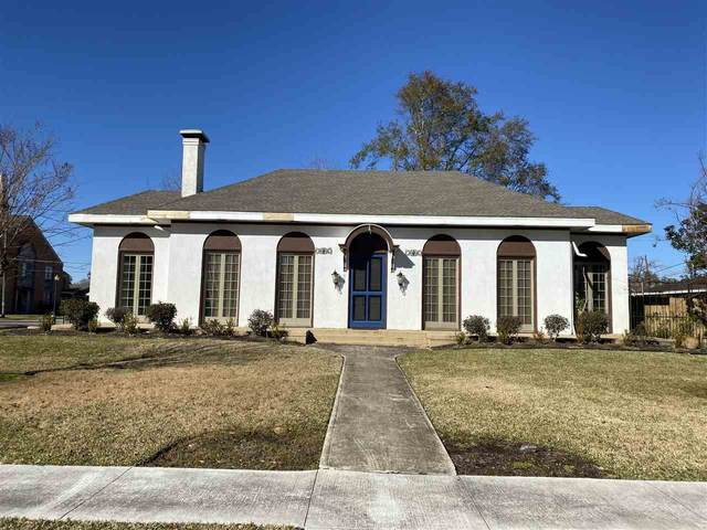 912 Pine, Orange, TX 77630 (MLS #217374) :: TEAM Dayna Simmons