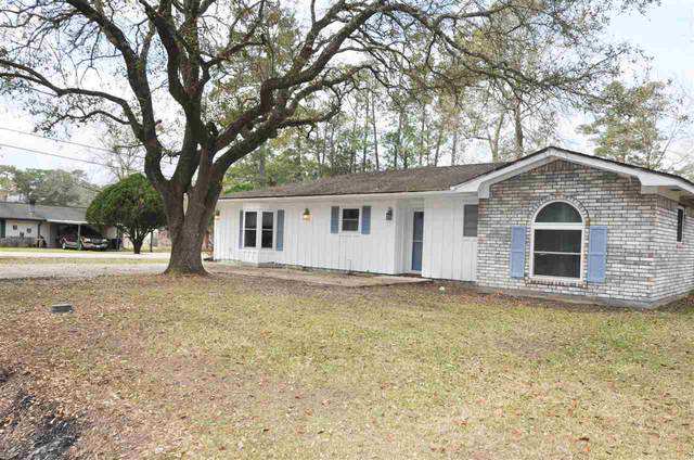140 Lindsey St, Silsbee, TX 77656 (MLS #218459) :: TEAM Dayna Simmons