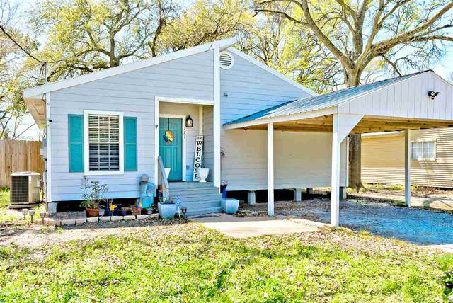 171 W Darby, Bridge City, TX 77611 (MLS #218678) :: TEAM Dayna Simmons
