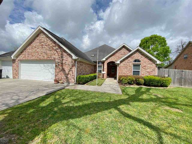 6735 Capitol St, Groves, TX 77619 (MLS #219004) :: TEAM Dayna Simmons
