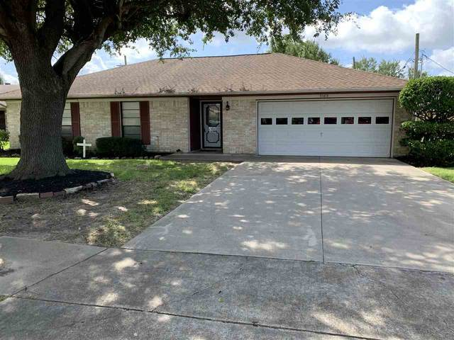 3165 Crest Dr, Port Neches, TX 77651 (MLS #219069) :: TEAM Dayna Simmons