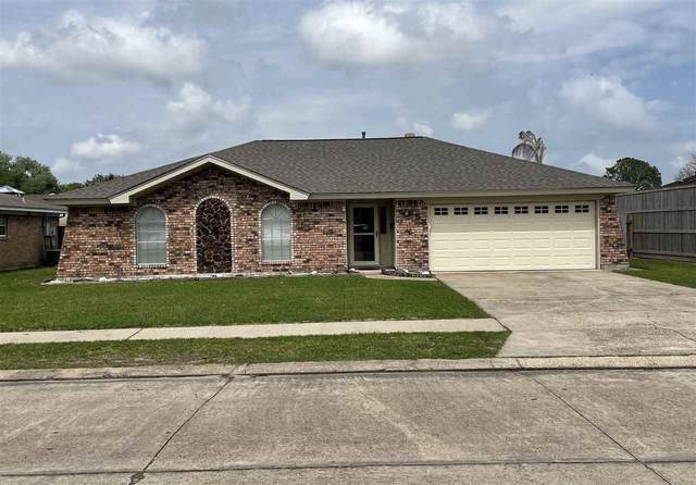 658 Ridgewood Dr, Port Neches, TX 77651 (MLS #219078) :: TEAM Dayna Simmons