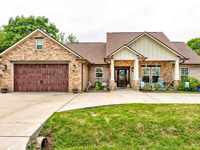 2112 Jefferson St, Nederland, TX 77627 (MLS #219210) :: TEAM Dayna Simmons
