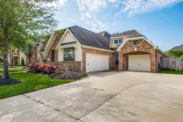 2520 Mountain Falls Ct, Friendswood, TX 77546 (MLS #219458) :: TEAM Dayna Simmons