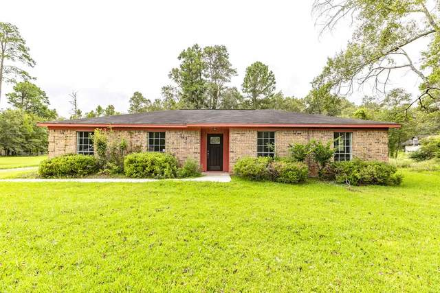 315 Pinemont, Sour Lake, TX 77659 (MLS #219663) :: TEAM Dayna Simmons