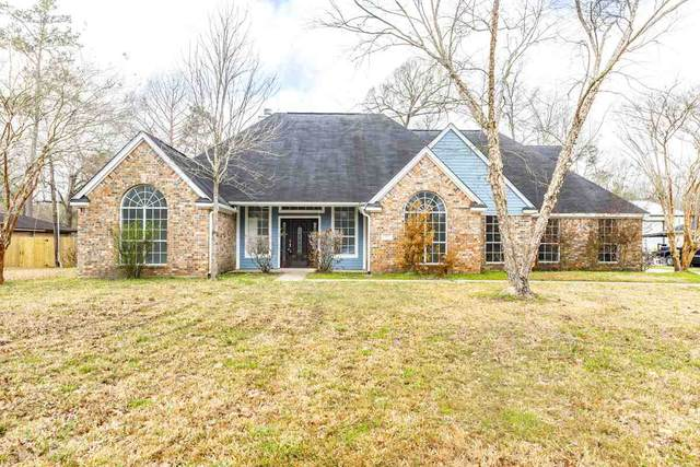 1018 Pine Crest, Sour Lake, TX 77659 (MLS #219666) :: TEAM Dayna Simmons