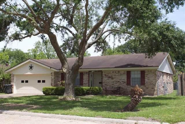 1180 Bernice Lane, Bridge City, TX 77611 (MLS #219841) :: TEAM Dayna Simmons