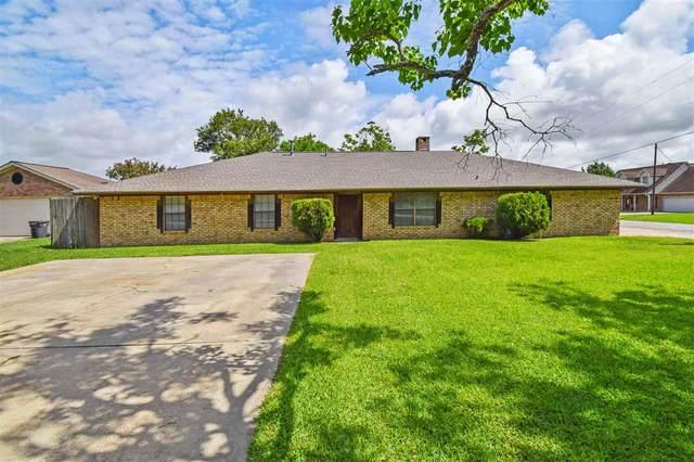 300 Farm Dr., Bridge City, TX 77611 (MLS #220223) :: TEAM Dayna Simmons