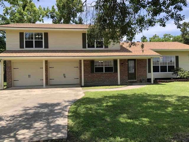 642 Douglas, Bridge City, TX 77661 (MLS #220279) :: TEAM Dayna Simmons