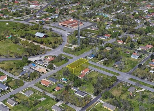 935 Stilwell Blvd, Port Arthur, TX 77640 (MLS #220898) :: Triangle Real Estate