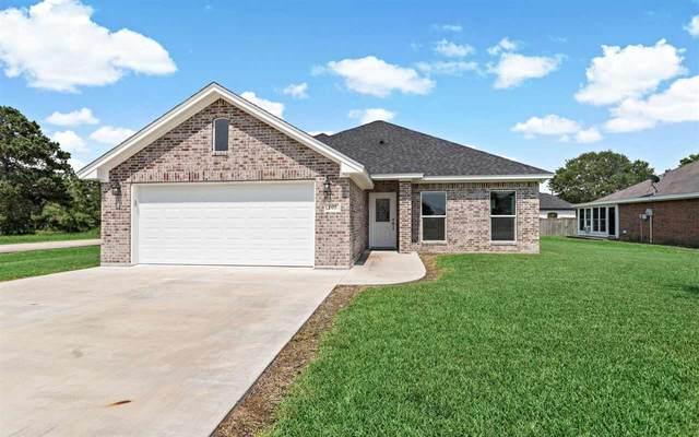 105 Pine Ridge Ct., Winnie, TX 77665 (MLS #220943) :: Triangle Real Estate