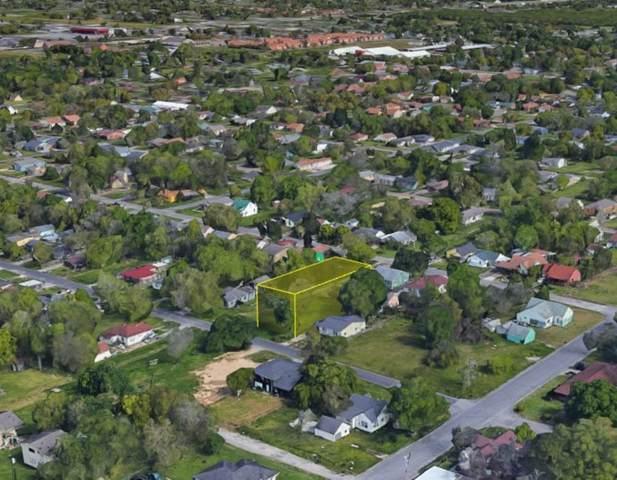 740 San Jacinto Ave, Port Arthur, TX 77642 (MLS #221131) :: Triangle Real Estate