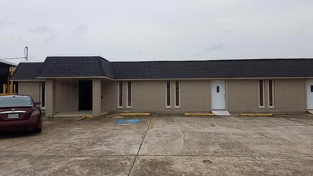 3186 Merriman St, Port Neches, TX 77651 (MLS #221553) :: Triangle Real Estate