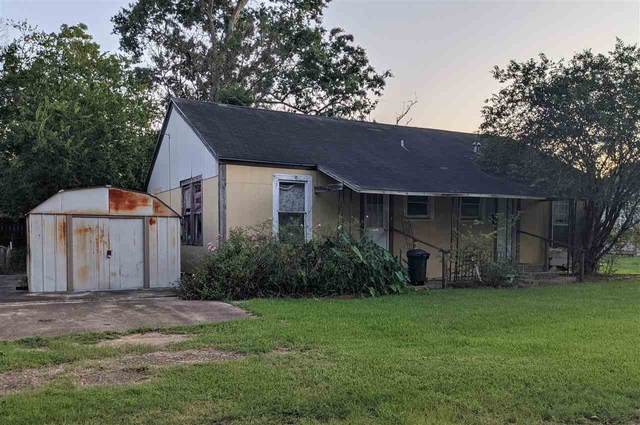 1129 Holland Ave, Port Neches, TX 77651 (MLS #222972) :: TEAM Dayna Simmons