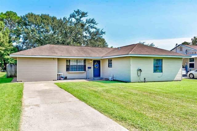 6568 Verde St, Groves, TX 77619 (MLS #223073) :: TEAM Dayna Simmons