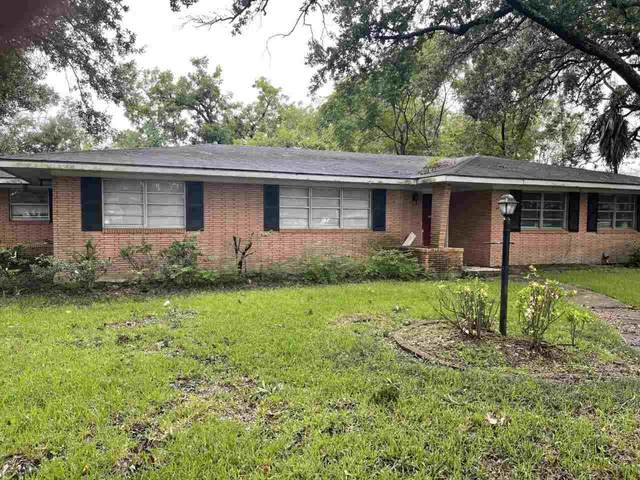 2546 Grand, Port Neches, TX 77651 (MLS #223079) :: TEAM Dayna Simmons