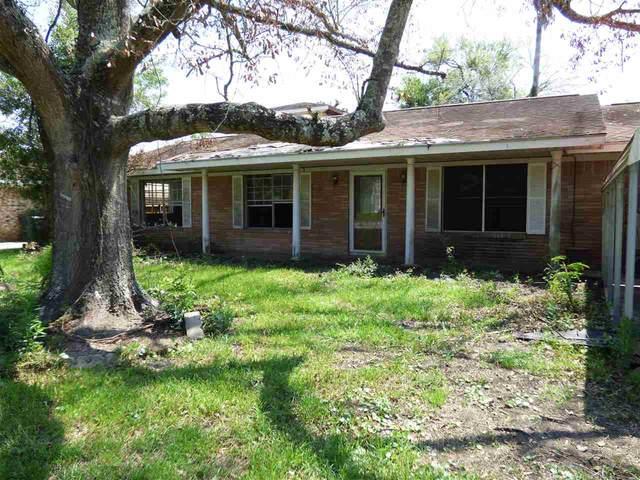 1031 Clark St, Orange, TX 77630 (MLS #223234) :: TEAM Dayna Simmons