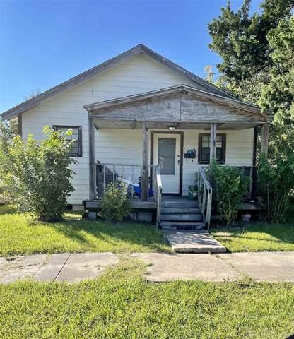 1315 10th Street, Port Arthur, TX 77640 (MLS #223283) :: TEAM Dayna Simmons