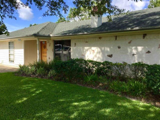 937 Sunnyside Dr., Bridge City, TX 77611 (MLS #198113) :: TEAM Dayna Simmons