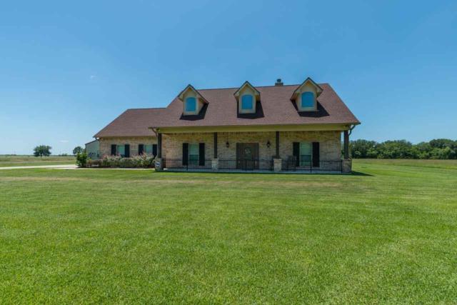 422 Dugat, Winnie, TX 77665 (MLS #205960) :: TEAM Dayna Simmons