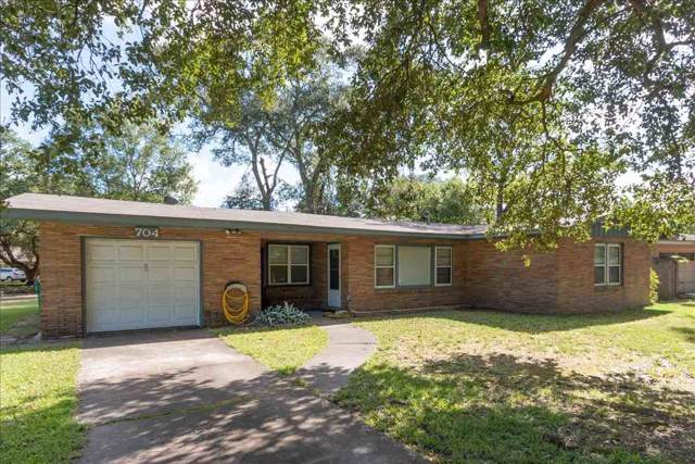 704 Bluebonnet, Orange, TX 77630 (MLS #207140) :: TEAM Dayna Simmons