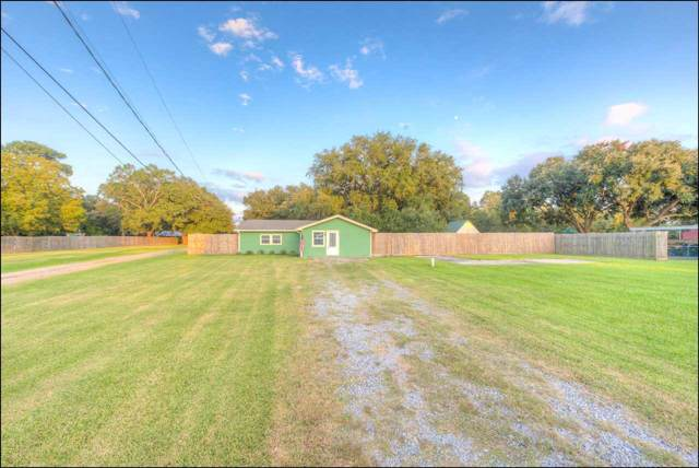 537 Bland Dr, Bridge City, TX 77611 (MLS #207812) :: TEAM Dayna Simmons