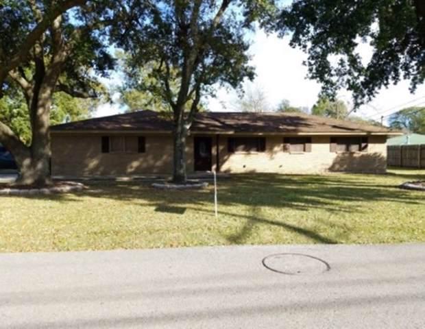 147 S John, Bridge City, TX 77611 (MLS #208746) :: TEAM Dayna Simmons