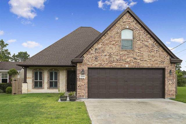 2143 Port Neches Ave, Port Neches, TX 77651 (MLS #213426) :: TEAM Dayna Simmons
