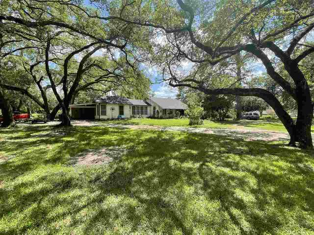 305 E Shaw Guy, Kirbyville, TX 75956 (MLS #220677) :: Triangle Real Estate