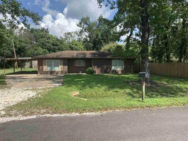 135 Oak Street, Bridge City, TX 77611 (MLS #223112) :: TEAM Dayna Simmons