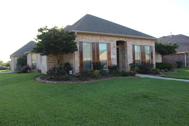 425 S Oaks, Beaumont, TX 77706 (MLS #188921) :: RE/MAX ONE