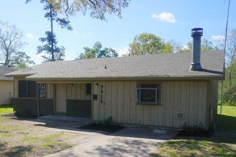 7315 Scotts Drive, Beaumont, TX 77708 (MLS #194559) :: TEAM Dayna Simmons