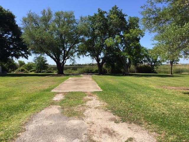 885 Sudduth, Bridge City, TX 77611 (MLS #195503) :: TEAM Dayna Simmons