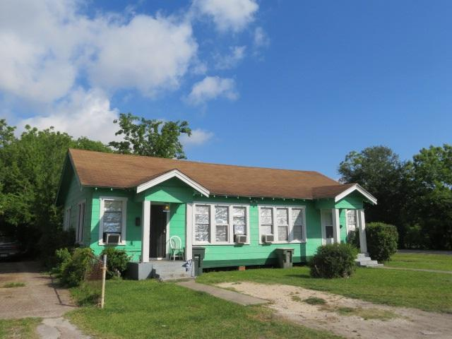 947-949 13th St, Port Arthur, TX 77640 (MLS #195724) :: TEAM Dayna Simmons