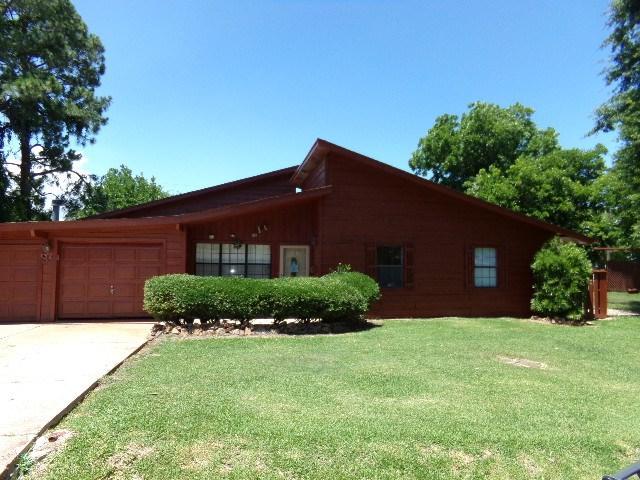 250 S Clover Ln., Bridge City, TX 77611 (MLS #196261) :: TEAM Dayna Simmons