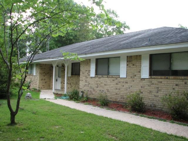 5425 Hob Warren Rd, Sour Lake, TX 77659 (MLS #196430) :: TEAM Dayna Simmons