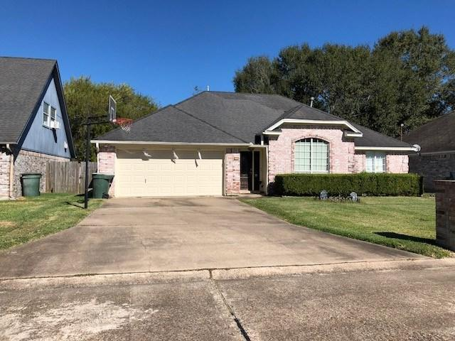 9550 Riggs, Beaumont, TX 77707 (MLS #196624) :: TEAM Dayna Simmons