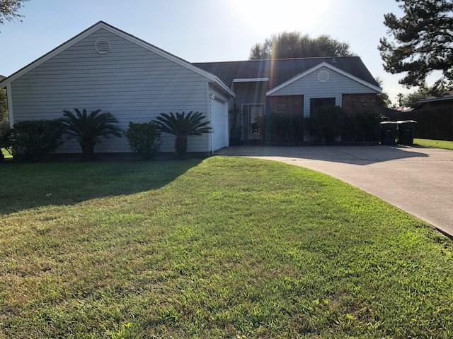 1945 Bryant Way, Beaumont, TX 77706 (MLS #198428) :: TEAM Dayna Simmons