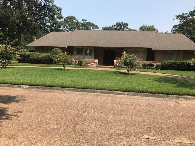 1570 Infinity Lane, Beaumont, TX 77706 (MLS #198435) :: TEAM Dayna Simmons