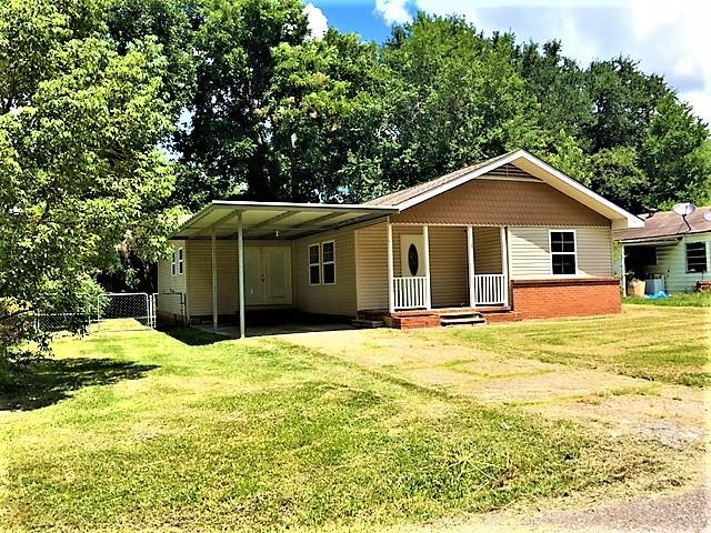 2826 Dowling, West Orange, TX 77632 (MLS #198537) :: TEAM Dayna Simmons