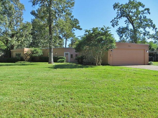 7755 Chelsea Pl, Beaumont, TX 77706 (MLS #199427) :: TEAM Dayna Simmons