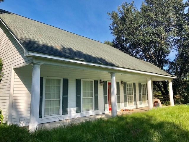 1358 Highway 326, Sour Lake, TX 77659 (MLS #199498) :: TEAM Dayna Simmons