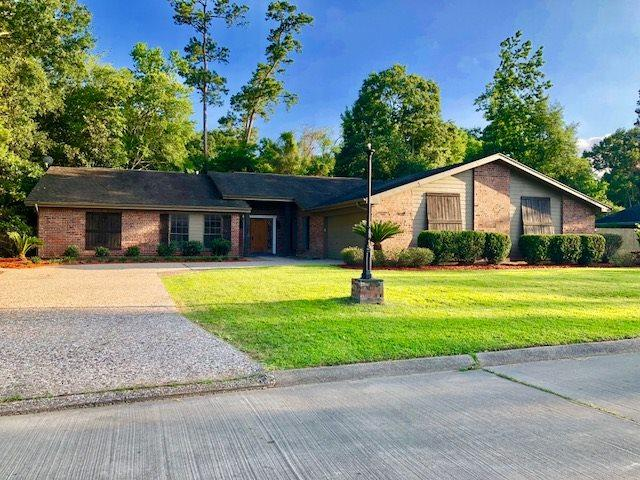 2214 Chasse Bend, Orange, TX 77632 (MLS #205117) :: TEAM Dayna Simmons