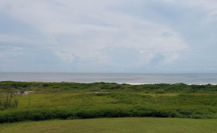 842 Gulf Cedar - Photo 1