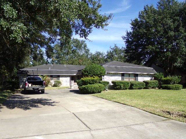 4690 Corley St., Beaumont, TX 77706 (MLS #208354) :: TEAM Dayna Simmons