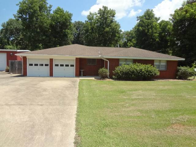4100 Cleveland, Groves, TX 77619 (MLS #214264) :: TEAM Dayna Simmons