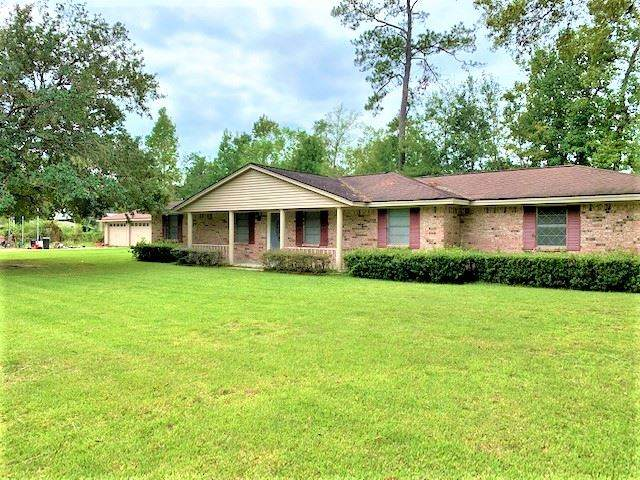110 N Lakeside, Vidor, TX 77662 (MLS #215159) :: TEAM Dayna Simmons